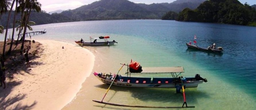 rondreizen Sumatra_Pasumpahan_is_een_prachtig_eiland_dat_is_gemakkelijk_bereikbaar_vanaf_de_stad_Padang