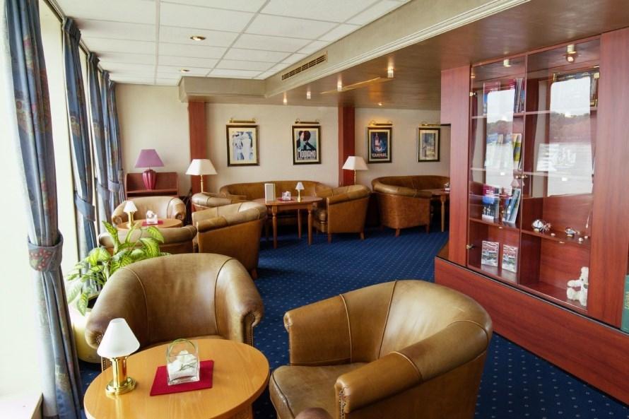 MS Amadeus Classic lounge