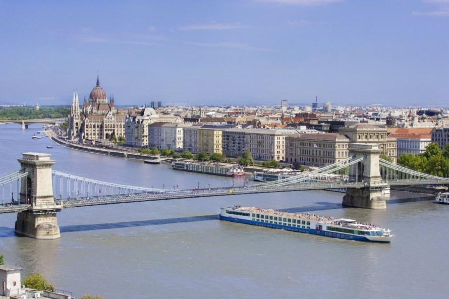 MS_Johann_Strauss_bij _Boedapest