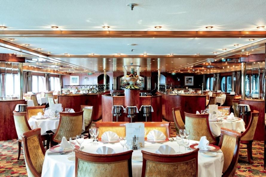 MS Swiss Corona Restaurant
